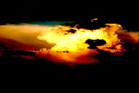 Sonnenwende, Sonnenwendfeier, Sonnenwendfeuer, Wolkenbrand, Sonnenfeuer