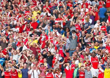 Arsenal, Welbeck, Pfostenschuss, Football, Arsenal London