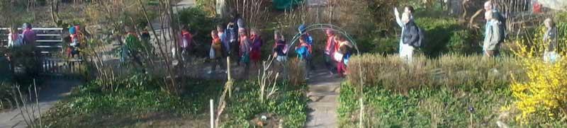 Kinderausflug, Chinsgi-Ausflug, Zweierreihen, Kindergarten